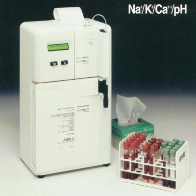 Máy xét nghiệm điện giải đồ EasyLyte Calcium (Na/K/Ca/pH)